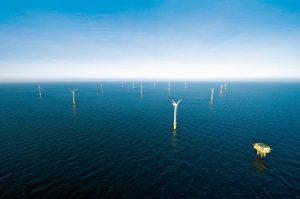 Offshore-Windparks alpha ventus:  Mit jeweils sechs Windkraftanlagen Multibrid M5000 und Repower 5M hat der Windpark eine nominale Gesamtleistung von 60 Megawatt. Offshore wind farm alpha ventus: With six Multibrid M5000 and six Repower 5M wind turbines of the windfarm have  nominal power output of all in all 60 megawatt. Multibrid GmbH , Areva ,   26.1.2010 (c) Foto: Areva Multibrid/Jan Oelker , 2010  jan.oelker@gmx.de Europa , Europe , Deutschland , Germany , Niedersachsen , Nordsee , North Sea , Meer , See , sea , offshore ,  Energie , Erneuerbare Energie , Strom , Elektrizität , Windenergie , Windkraft , Wind , Windkraftanlage , Windenergieanlage , Offshore-Windpark , Windpark , Offshore ,  energy , renewable energy , power , current , electricity , windenergy , windpower , wind , windturbine , offshore windfarm ,    Multibrid , Areva , alpha ventus ,
